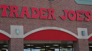 customer-service-happy-trader-joes